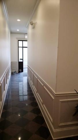 2020,05,05_West_Loop_Hallway_Lobby_painting - West-Loop-lobby-and-hallway-painting.-Wainscott.-Walls-and-ceilings.-Chicago-painter.-Drywall-repair-6.jpg